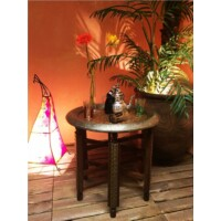 Dishka keleti teázó asztal