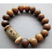 Tibeti szantálfa meditációs karkötő