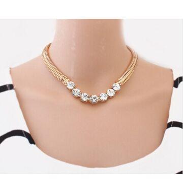 Rachel nyaklánc ausztrál kristálykövekkel