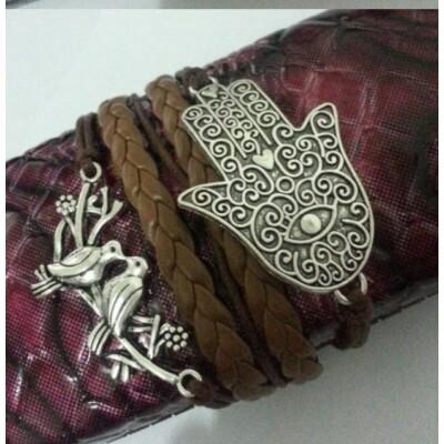 Fatima keze karkötő