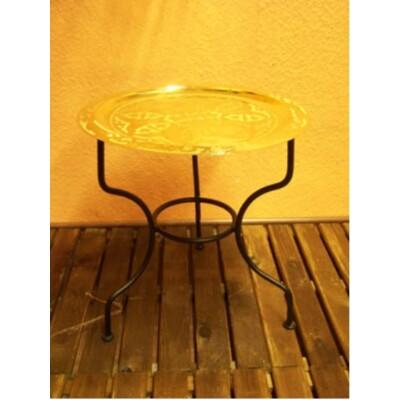 Gibraltar keleti teázó asztal arany színben