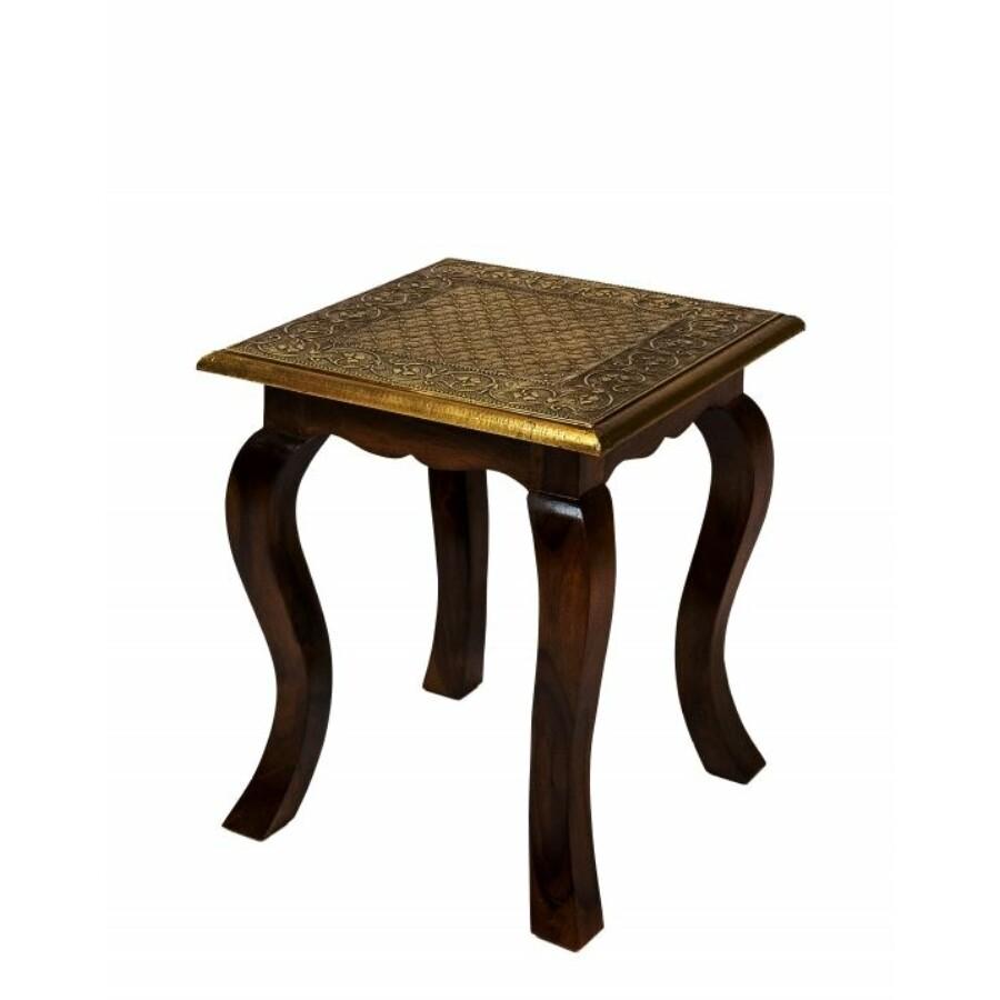 Anum keleti teázó asztal