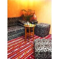 Iman antik keleti teázó asztal arany színben