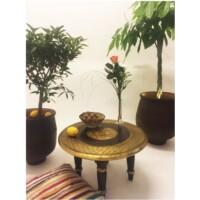 Sharada indiai teázó asztal
