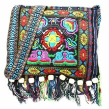 Indiai hímzett táska