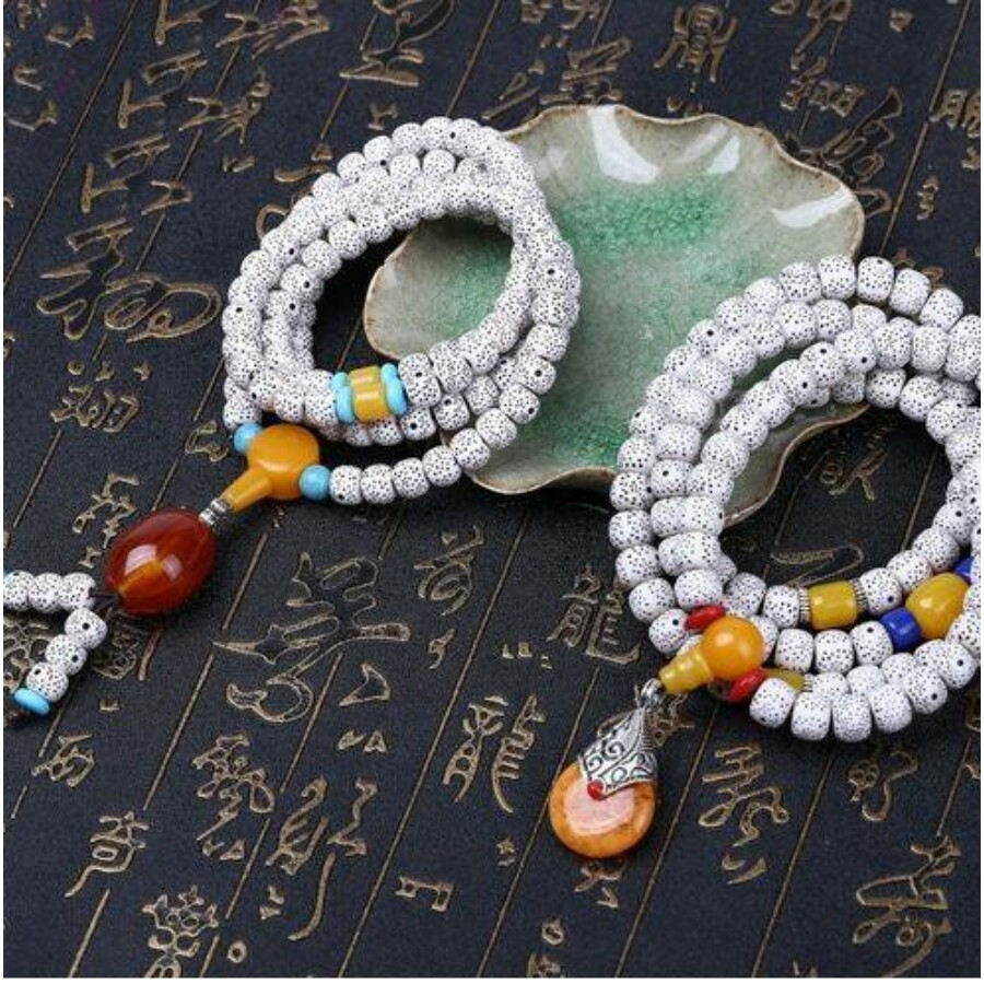 Bordó medálos tibeti buddhista mala 108 szemes karkötő