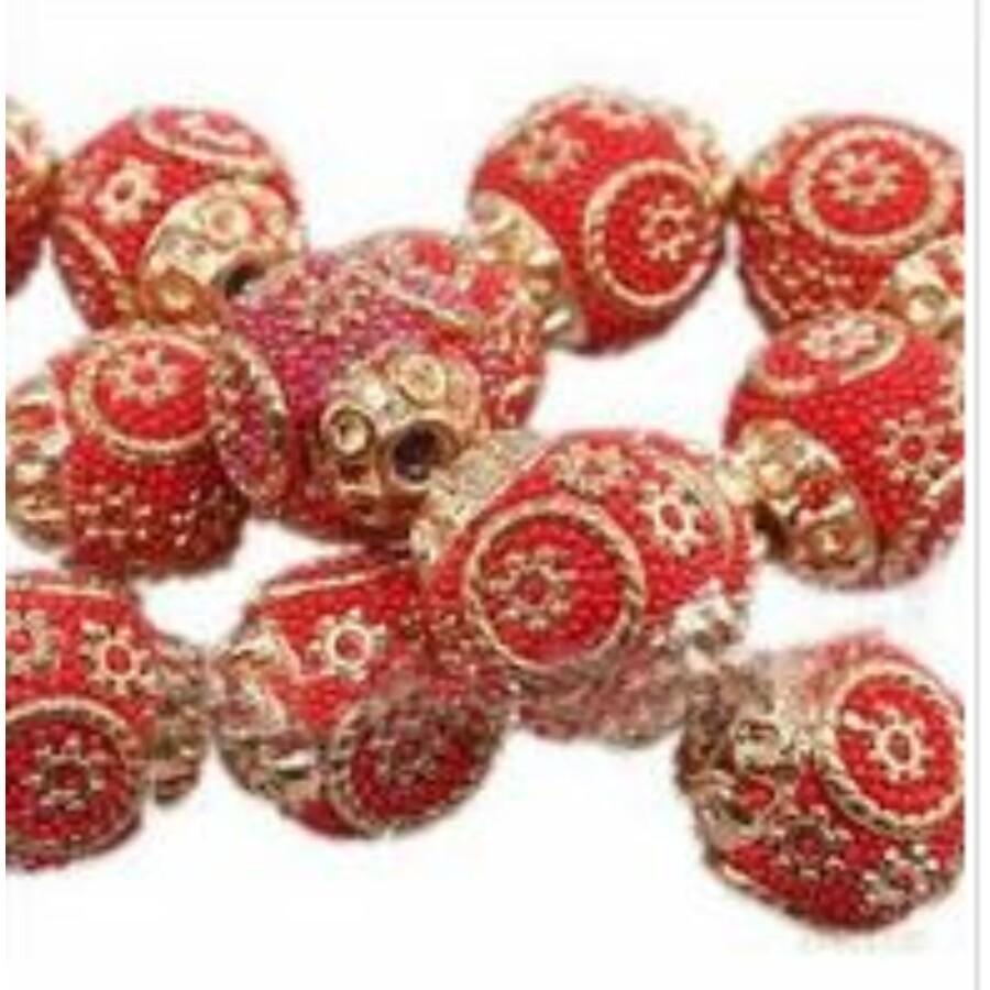 Indonéz gyöngy piros arany 5db/csomag