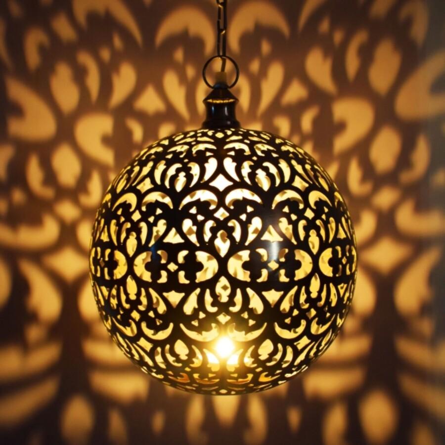 Arpana mennyezeti lámpa